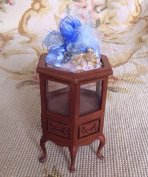 Shelf Filler Cabinet Counter Display 1:12 Dollhouse Miniature