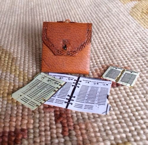 Briefcase Luggage 1:12 Dollhouse Miniature