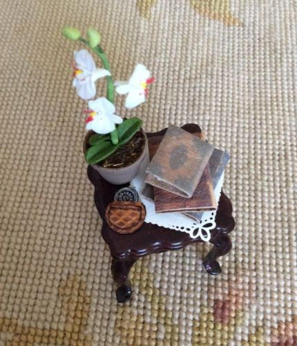 Table Stand Dressed with Plant Watch Books 1:12 Dollhouse Miniature
