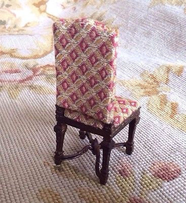 Bespaq Chair Seat with Pillows 1:12 Dollhouse Miniature