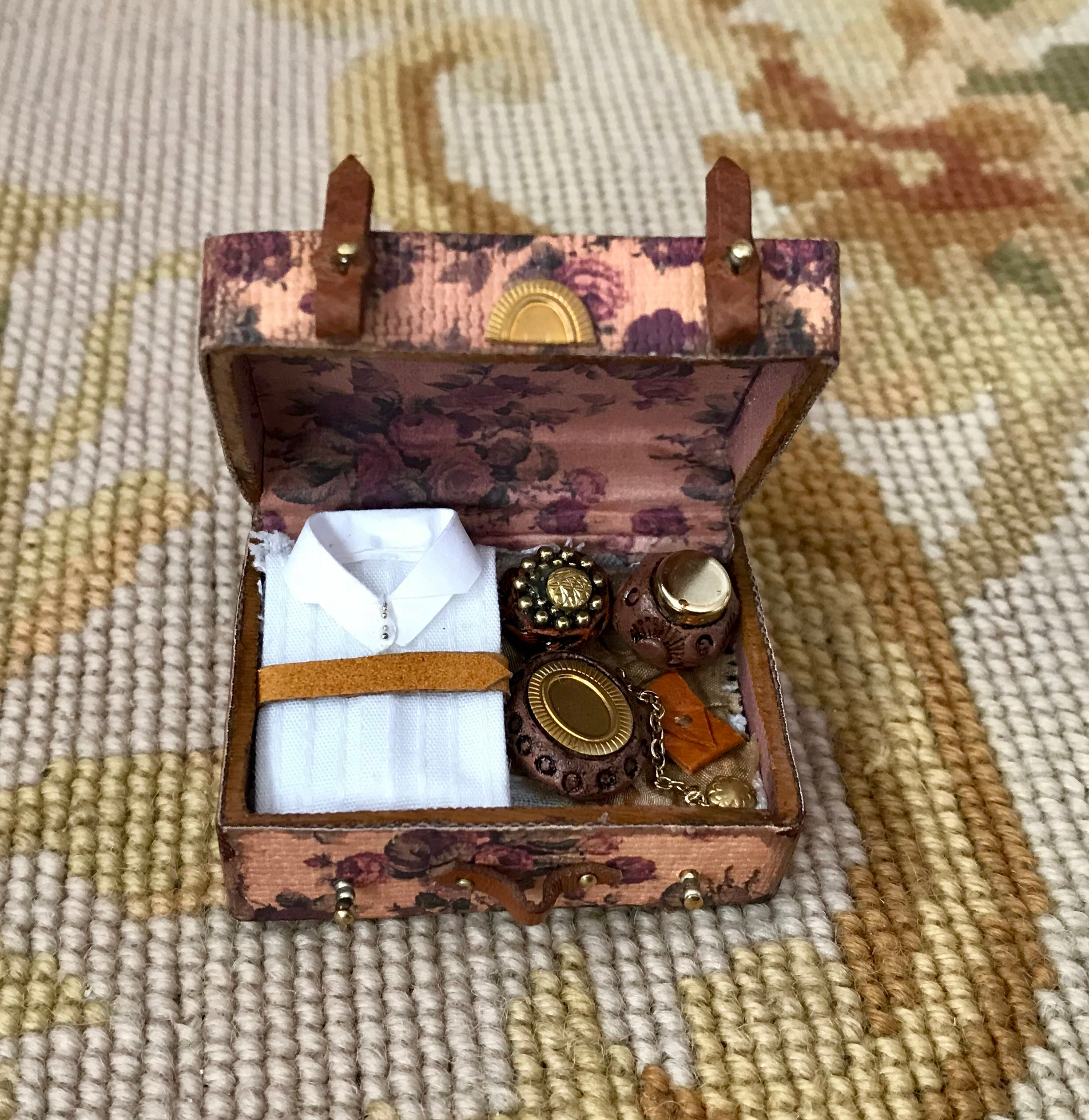 Luggage Satchel Valise Floral Filled 1:12 Dollhouse Miniature