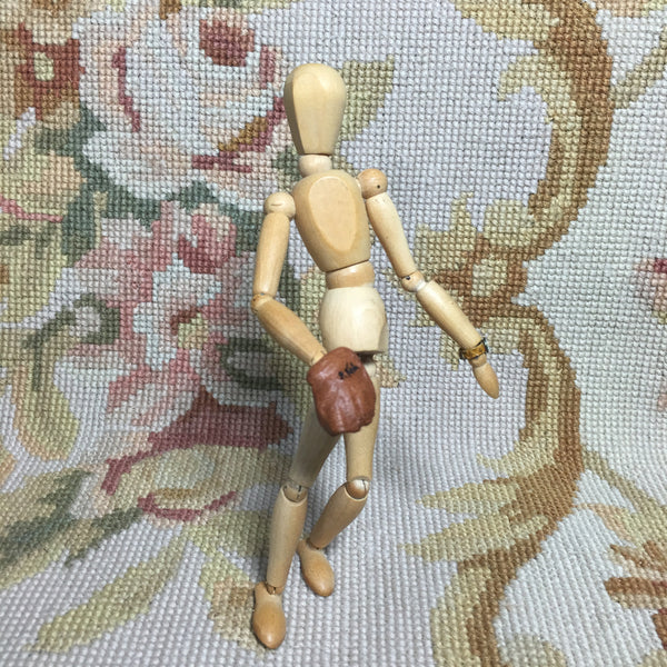 Baseball Glove Leather 1:12 Dollhouse Miniature