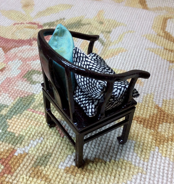 Bespaq Chair Seat Chaise With Pillows 1:12 Dollhouse Miniature