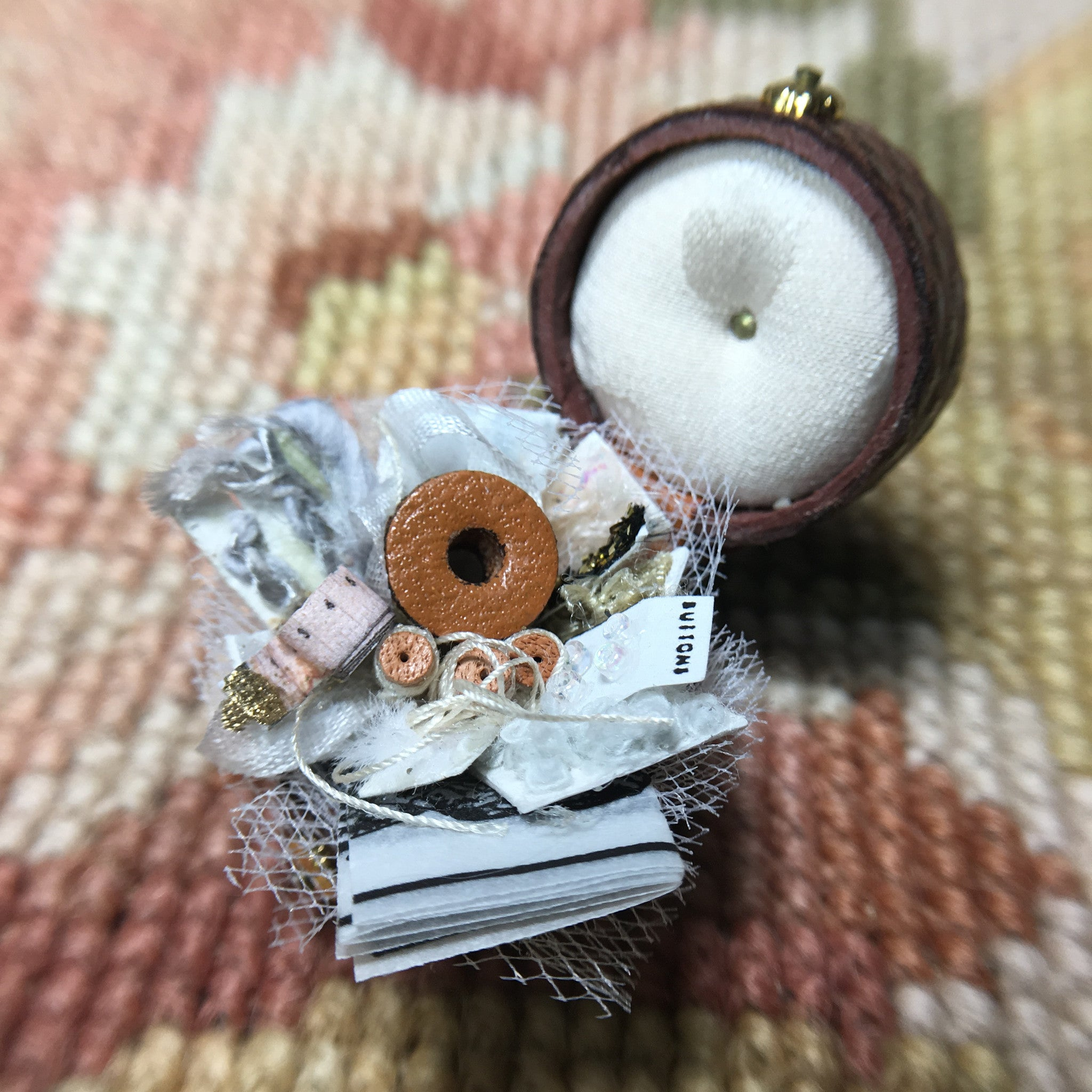 Sewing Box With Sewing Accessories 1:12 Dollhouse Miniature