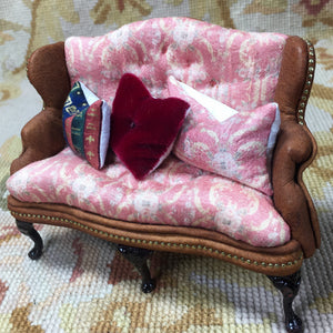 Sofa Wing Seat Couch Lounge Divan Settee Floral Silk SPECIAL ORDER 1:12 Dollhouse Miniature