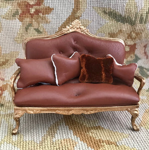 Sofa Seat Couch Lounge Divan Settee Designer with Pillows 1:12 Scale