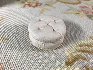 Stool Ottoman Seat Cream Leather Round 1:12 Scale Dollhouse Miniature