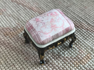 Stool Ottoman Seat 1:12 Scale Dollhouse Miniature