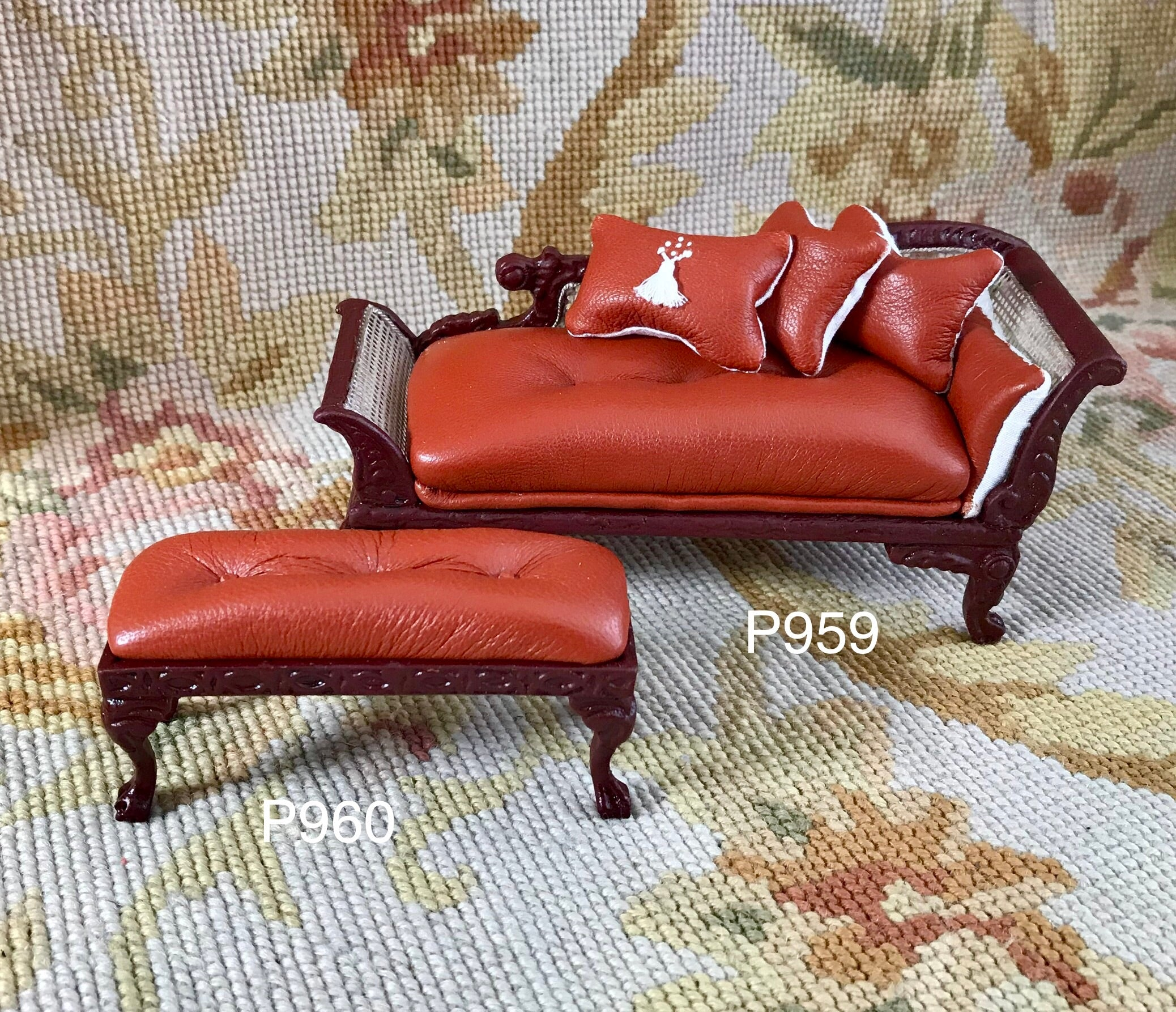 Stool Ottoman Seat Table Leather 1:12 Scale Dollhouse Miniature