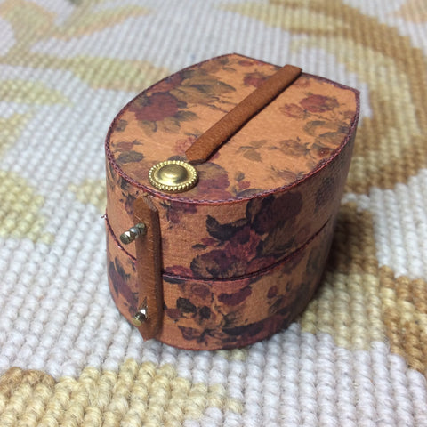 Luggage Bag Suitcase Satchel Valise Grip Hat Box Large 1:12 Dollhouse Miniature