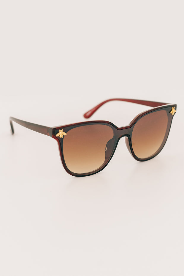 """Queen Bee"" Bee Accented Sunglasses With Case (Brown/Gold) - NanaMacs"
