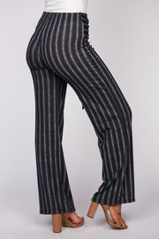 Chic Backgrounds Striped Bell Bottom Pants (Black)