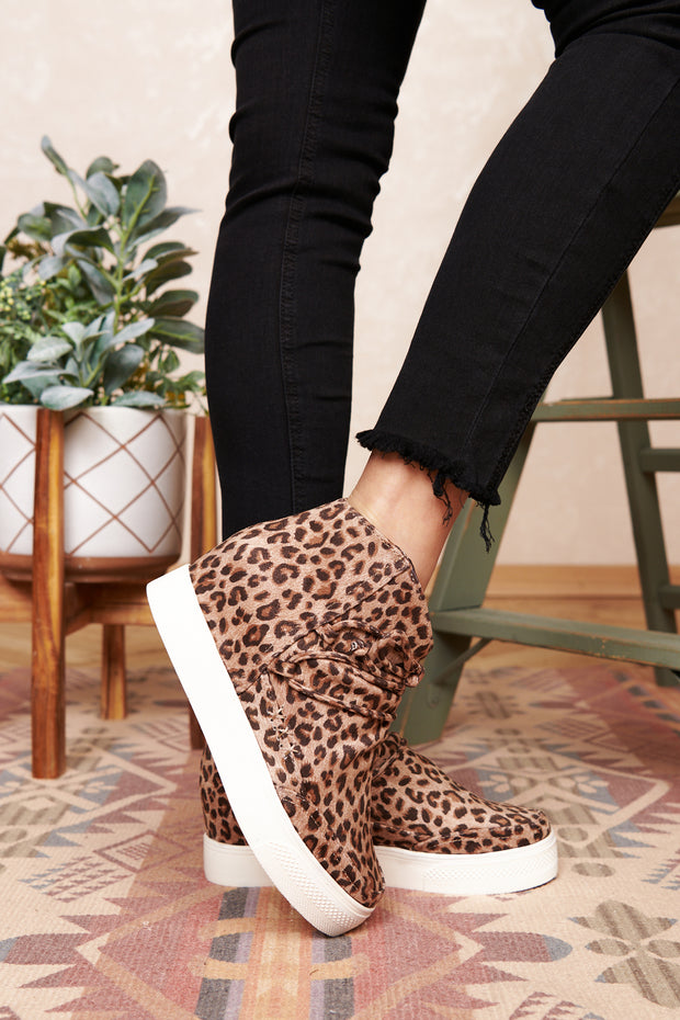 Better Get A Move On Leopard Sneakers (Camel/Leopard)
