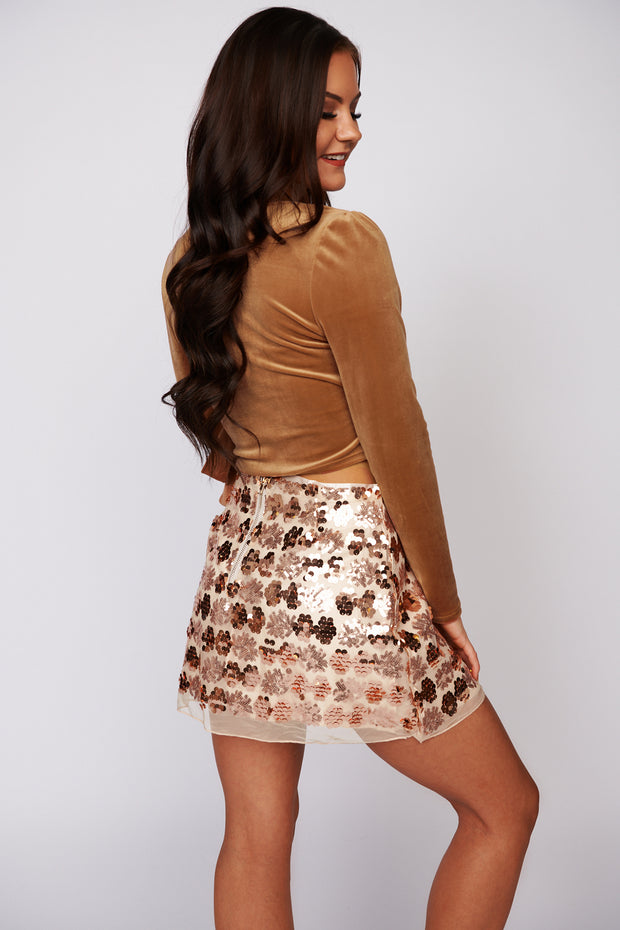 New Look V Neck Velvet Crop Top (Camel)