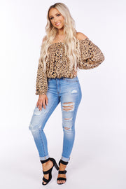 Misunderstood Off The Shoulder Animal Print Crop Top (Taupe Combo)