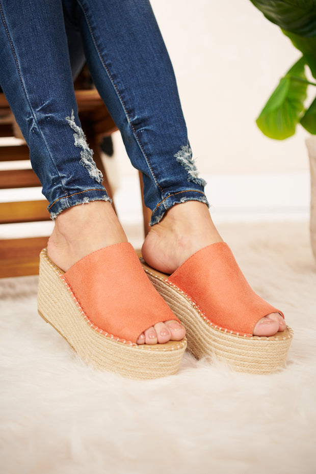 Bound To You Wedge Sandal (Dusty Coral) - NanaMacs