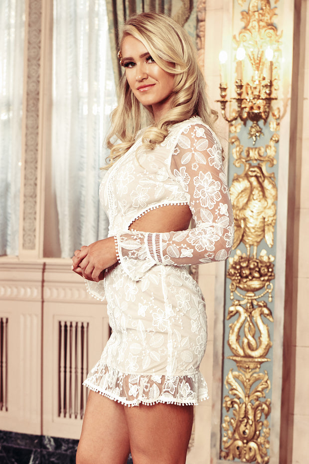 Stay True To Us Embroidered Boho Dress (White)