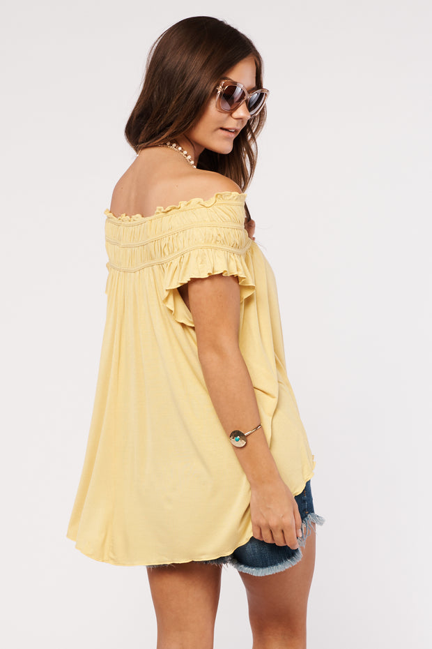 Just Met You Off The Shoulder Top (Honey Mustard)