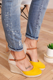 Taking My Time Wedges (Marigold)