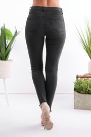 Date Night High Rise Distressed Jeans (Black)