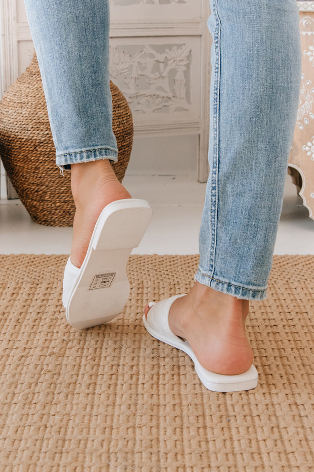 Queen Of The Court Quilted Slides (White) - NanaMacs
