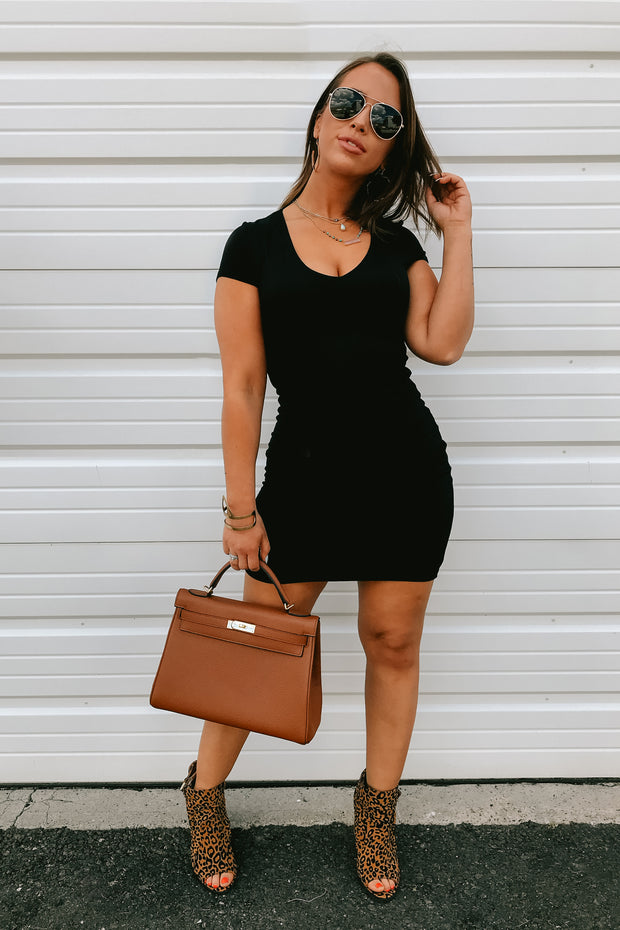 Less Is More Bodycon (Black)