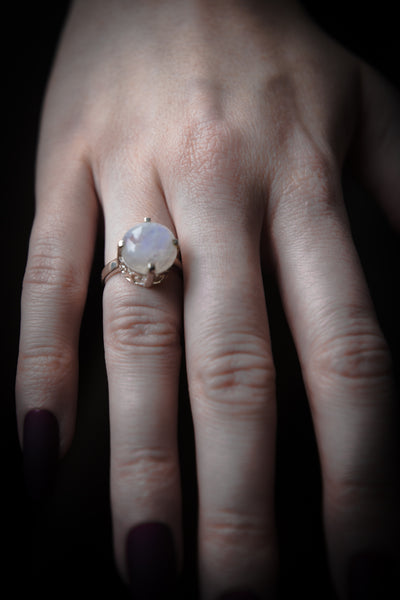 The Scrying Ring in Moonstone