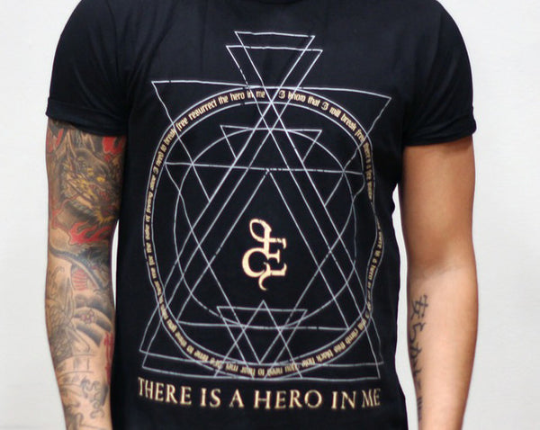 "T-Shirt: ""Hero In Me"""