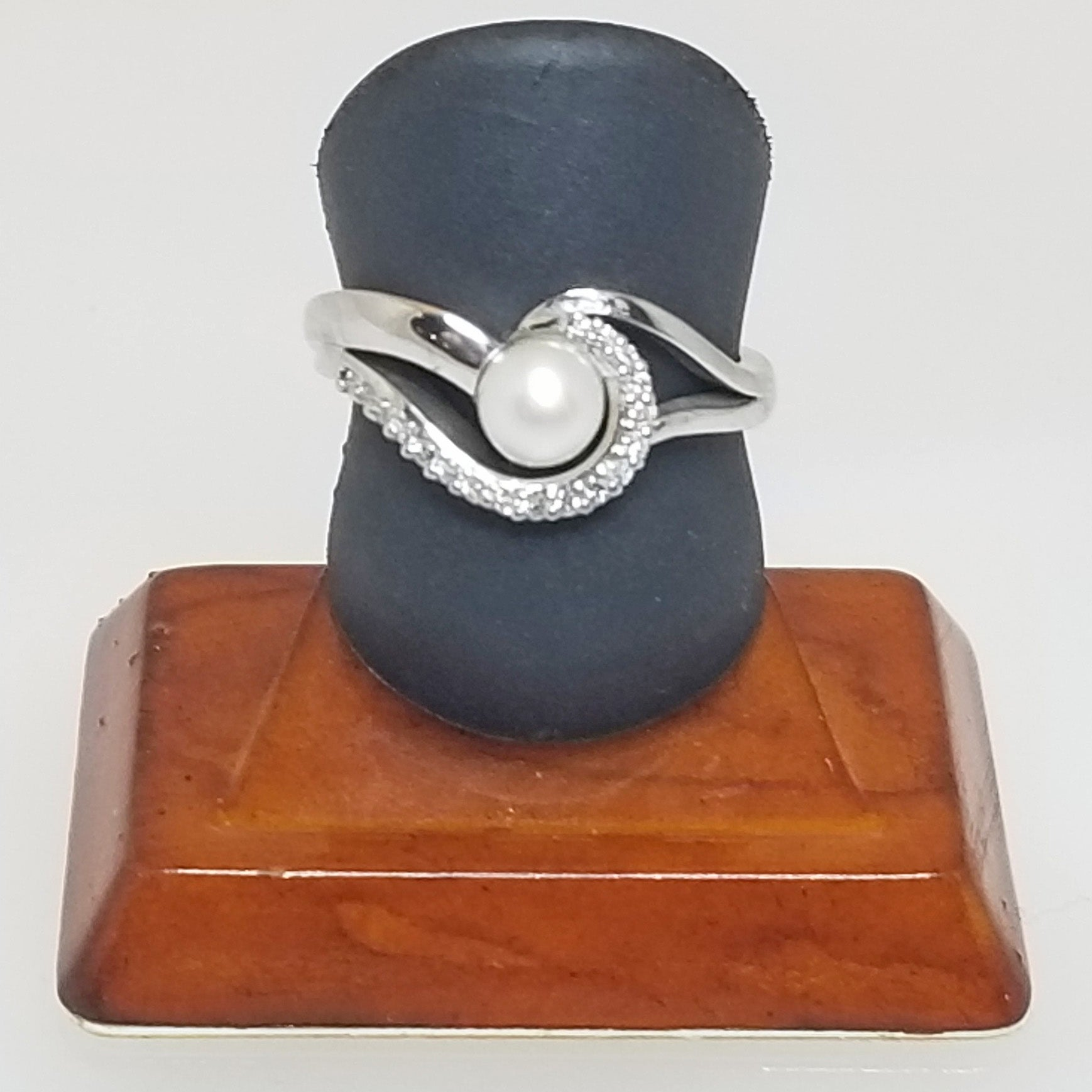 Ready to ship Pearl and diamond swirl ring in 14k white gold