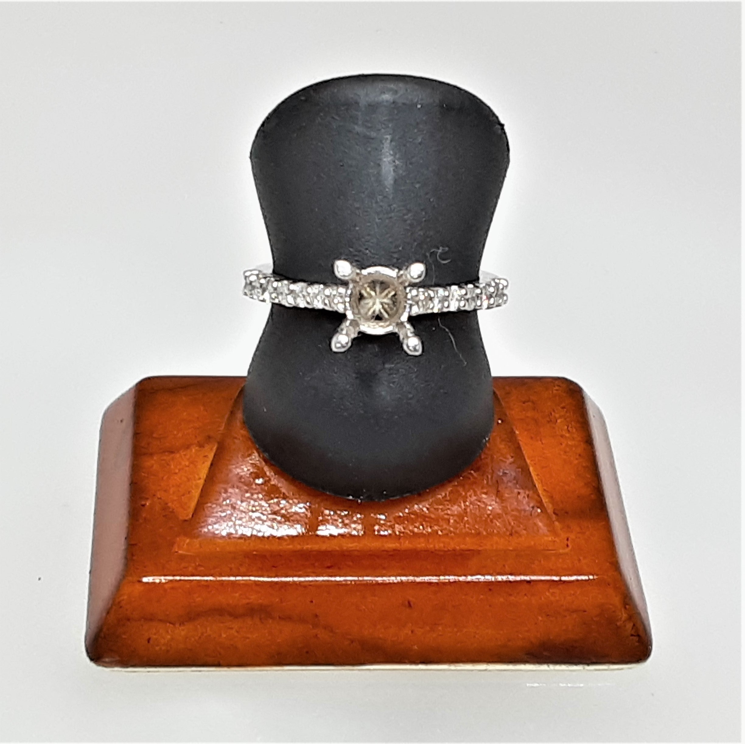 Ready To Ship empty solitaire engagement ring mounting in 14k white gold