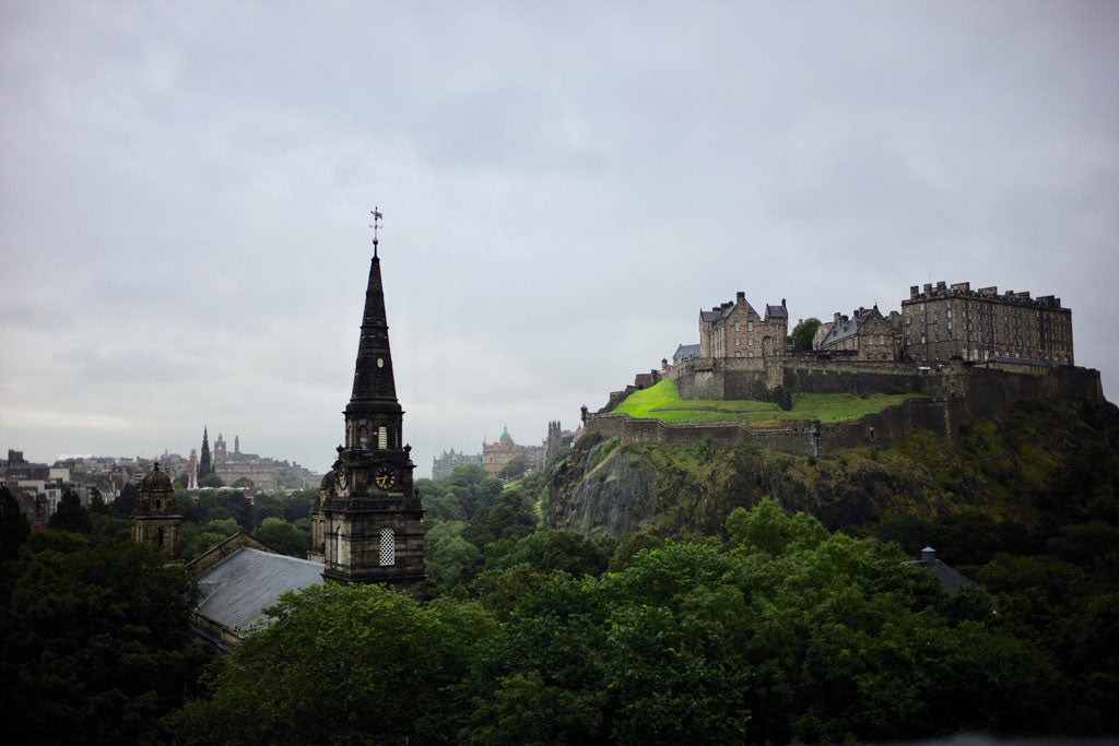 Takuya-Duncan-Edinburgh-castle-travel-Scotland-Waldorf-Astoria-view