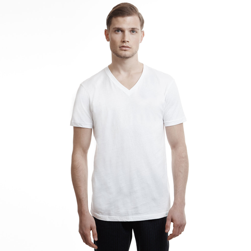Hamptons Slim Fit V Neck T Shirt white