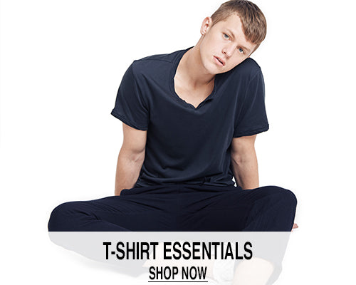 T-SHIRT ESSENTIALS