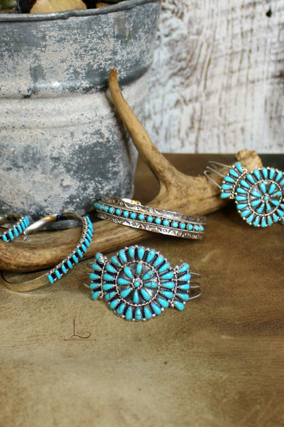 Turquoise Cluster Cuff - L Trading