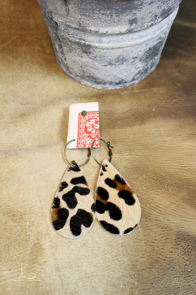 Leopard Teardrop Earrings - L Trading