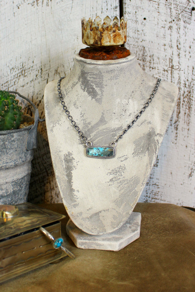 Turquoise Bar Necklace - L Trading