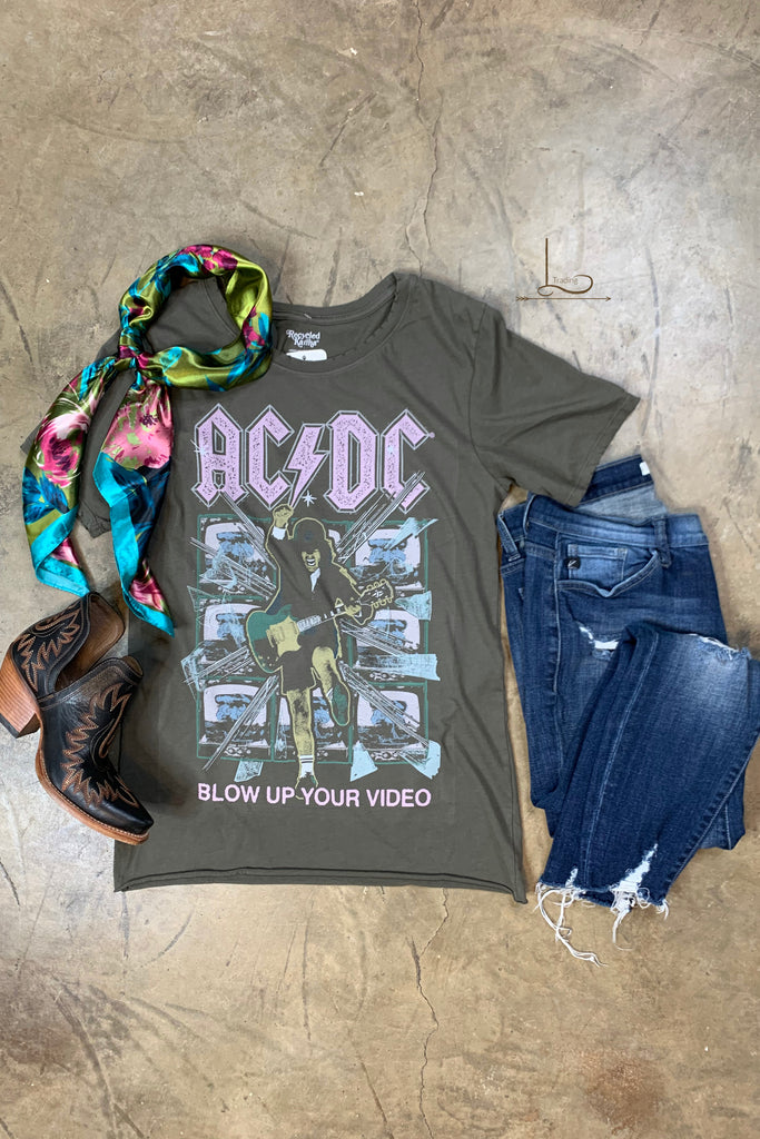 ACDC Graphic Tee - L Trading