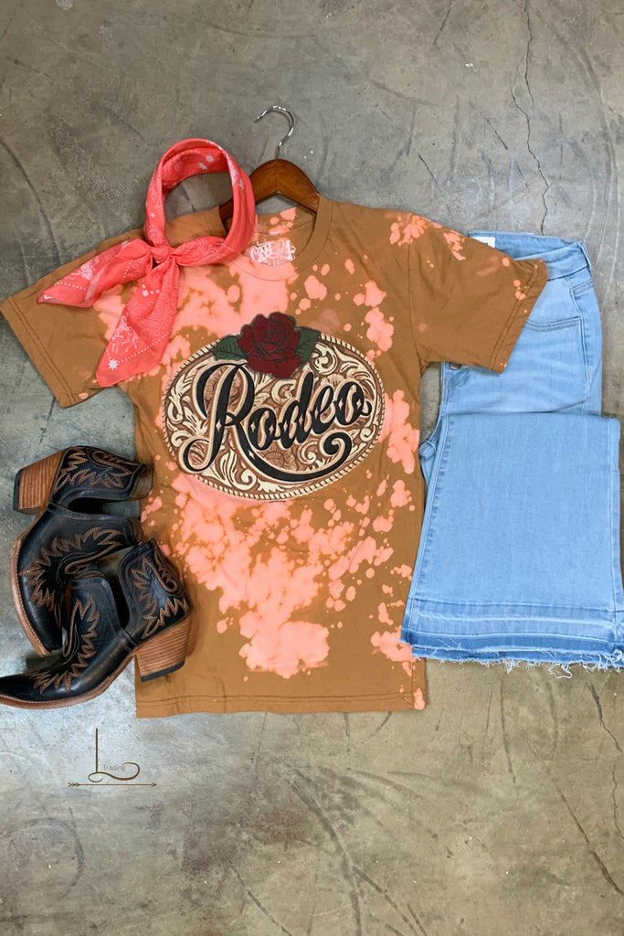 Rodeo Graphic Tee - L Trading