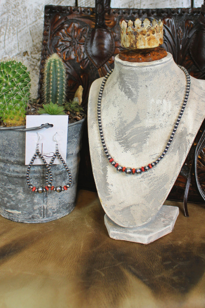 "18"" Navajo Pearls with Dark Red Spiny Necklace & Teardrop Earrings"