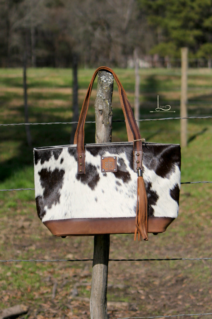 Classic Cowhide Tote - L Trading