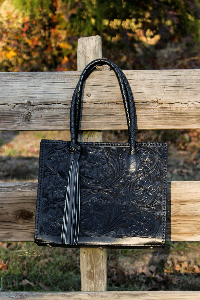 Marcos Tote in Black - L Trading