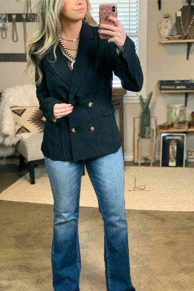 The Yoakum Blazer in Black