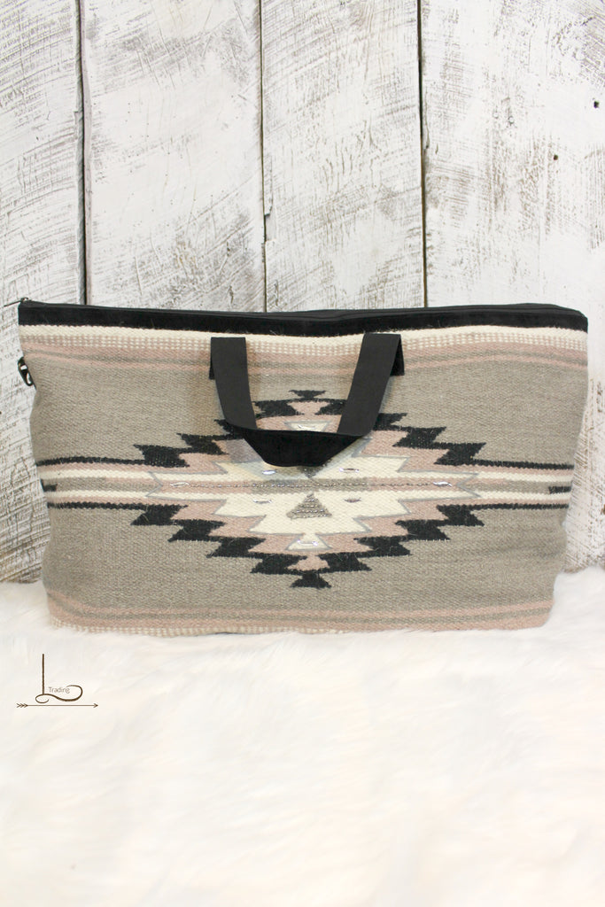 Blush Aztec Travel Bag - L Trading