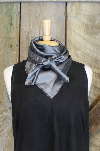 Wild Rag -  Charcoal - L Trading