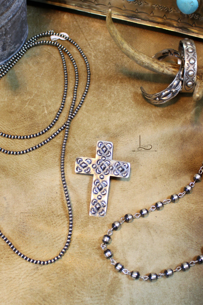 Sterling Cross Pendant - L Trading