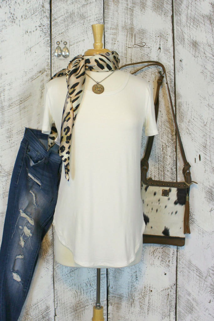 Emma Tunic in Ivory Short Sleeve - L Trading