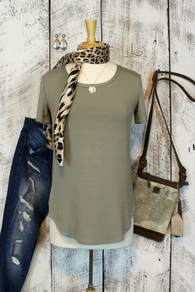 Emma Tunic in Sage Short Sleeve - L Trading