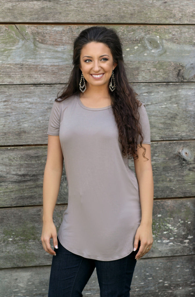 Emma Tunic in Taupe Short Sleeve - L Trading