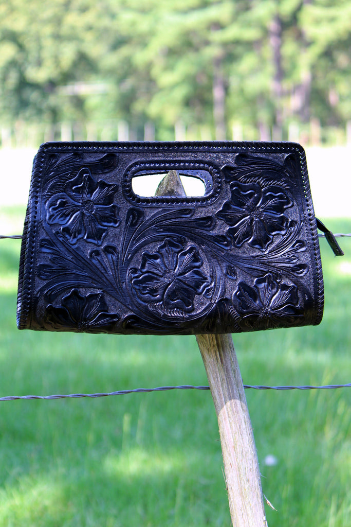 Sobre Chico Clutch in Black - L Trading
