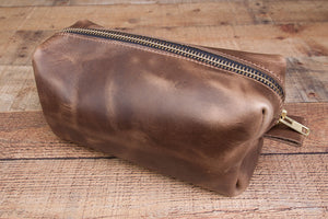 Natural Chromexcel full grain leather dopp kit shaving bag